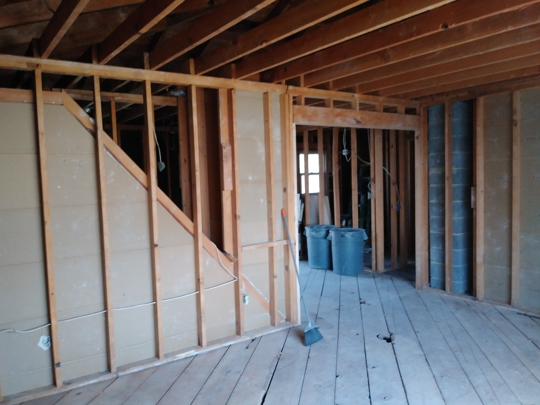 Walker, MI - Last day of demo. Removed all the insulation from the attic. Finished details. Shop vaced the entire house
