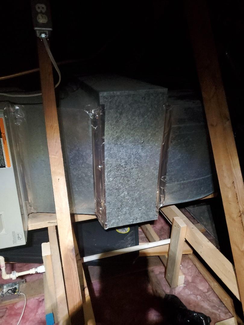 Covington, VA - Refrigerant leak
