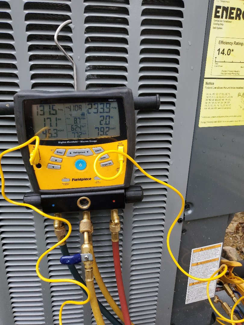 Hollins, VA - Checking refrigerant charge