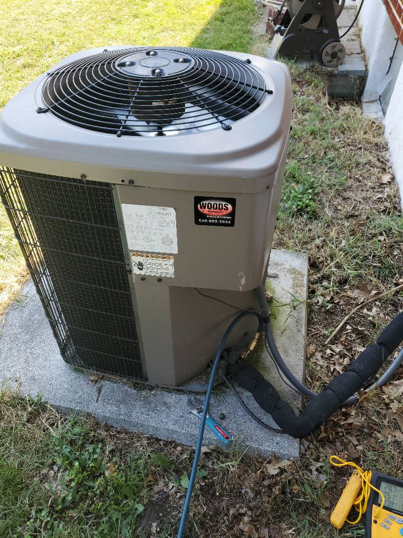 Eagle Rock, VA - Refrigerant leak