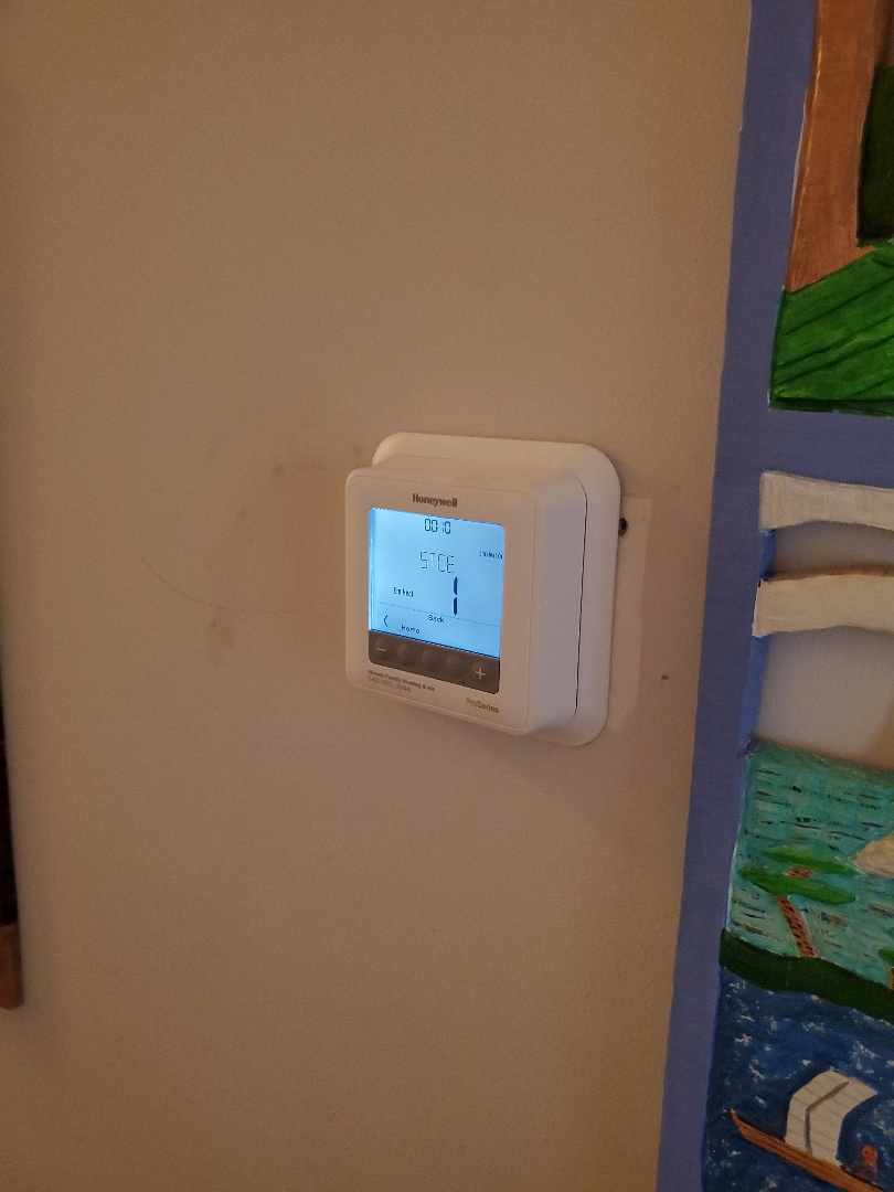 Cave Spring, VA - Programmed thermostat