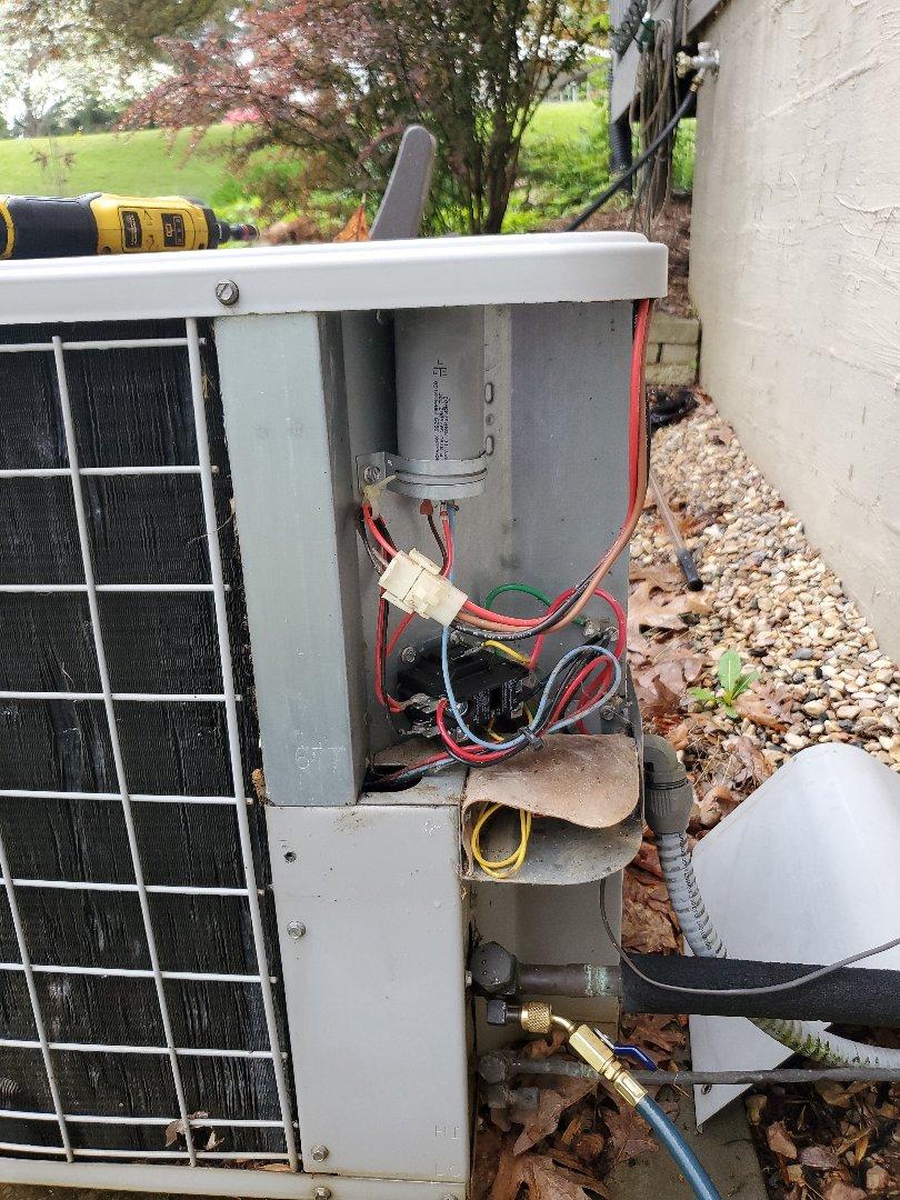 Lexington, VA - Bad capacitor