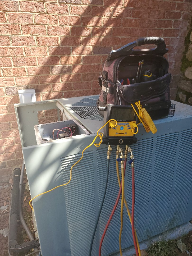Cave Spring, VA - Bad capacitor