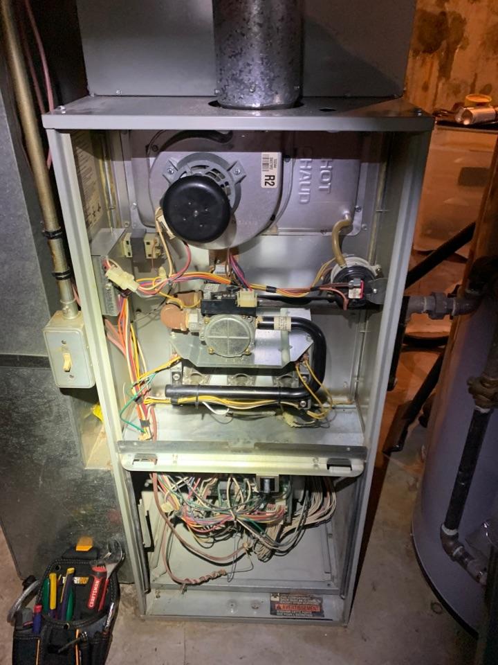 Roanoke, VA - Trane gas furnace maintenance in Roanoke va 24019