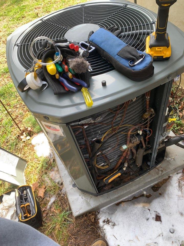 Salem, VA - Trane heat pump service in Salem va 24153