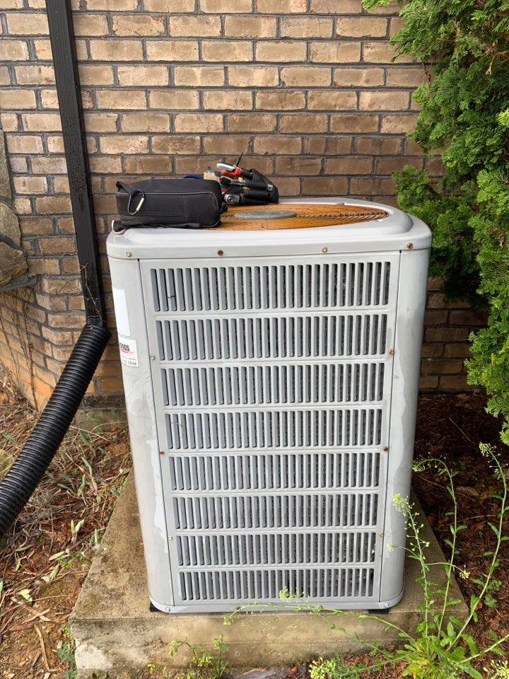 Catawba, VA - Maintenance on American standard heat pump in Catawba va 24070