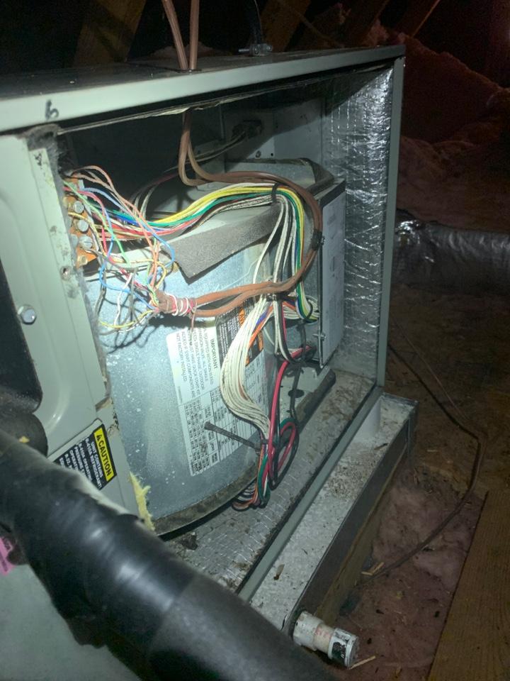 Cave Spring, VA - Maintenance on trane heat pump in attic Roanoke va 24018