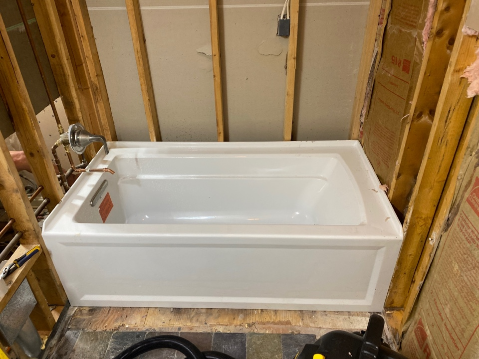 Linden, VA - Tub replacement and bathroom remodel