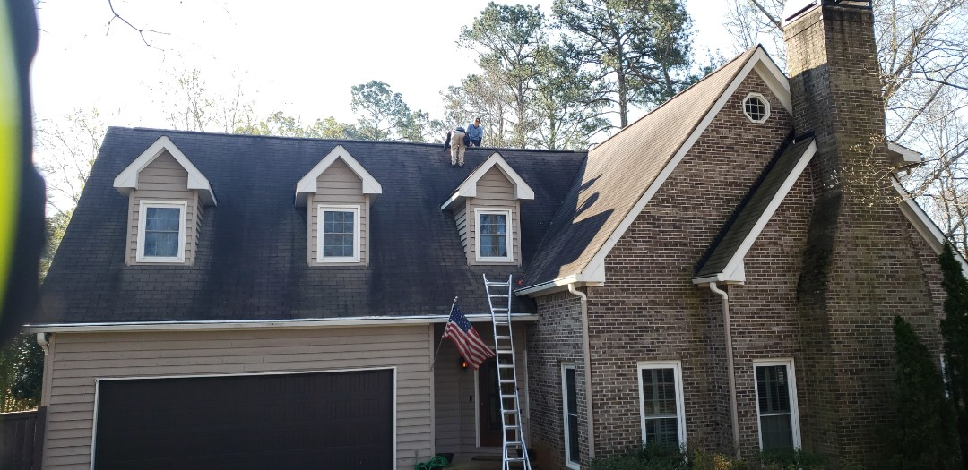 Acworth, GA - This morning we are working with our 2nd insurance adjuster to assist one of our clients in Acworth in getting a full roof replacement, paid for by insurance. The recent wind, rain and hail have damaged many of the older roofs in the Kennesaw, Acworth, Dallas, Powder Springs, Marietta and Woodstock areas. If you have any questions about whether you may have storm damage to your roof. Contact Infinity Roofing Contractors. We are your local GAF Master Elite Certified contractor