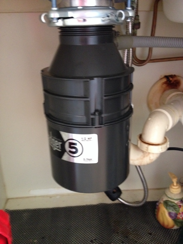 Palm City, FL - Installed an Insinkerator Badger V garbage disposal.