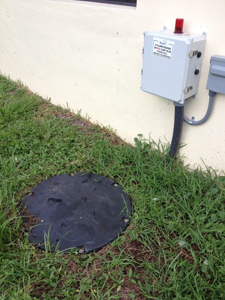 Stuart, FL - Cleaned main sewer line from lift station with sewer machine.