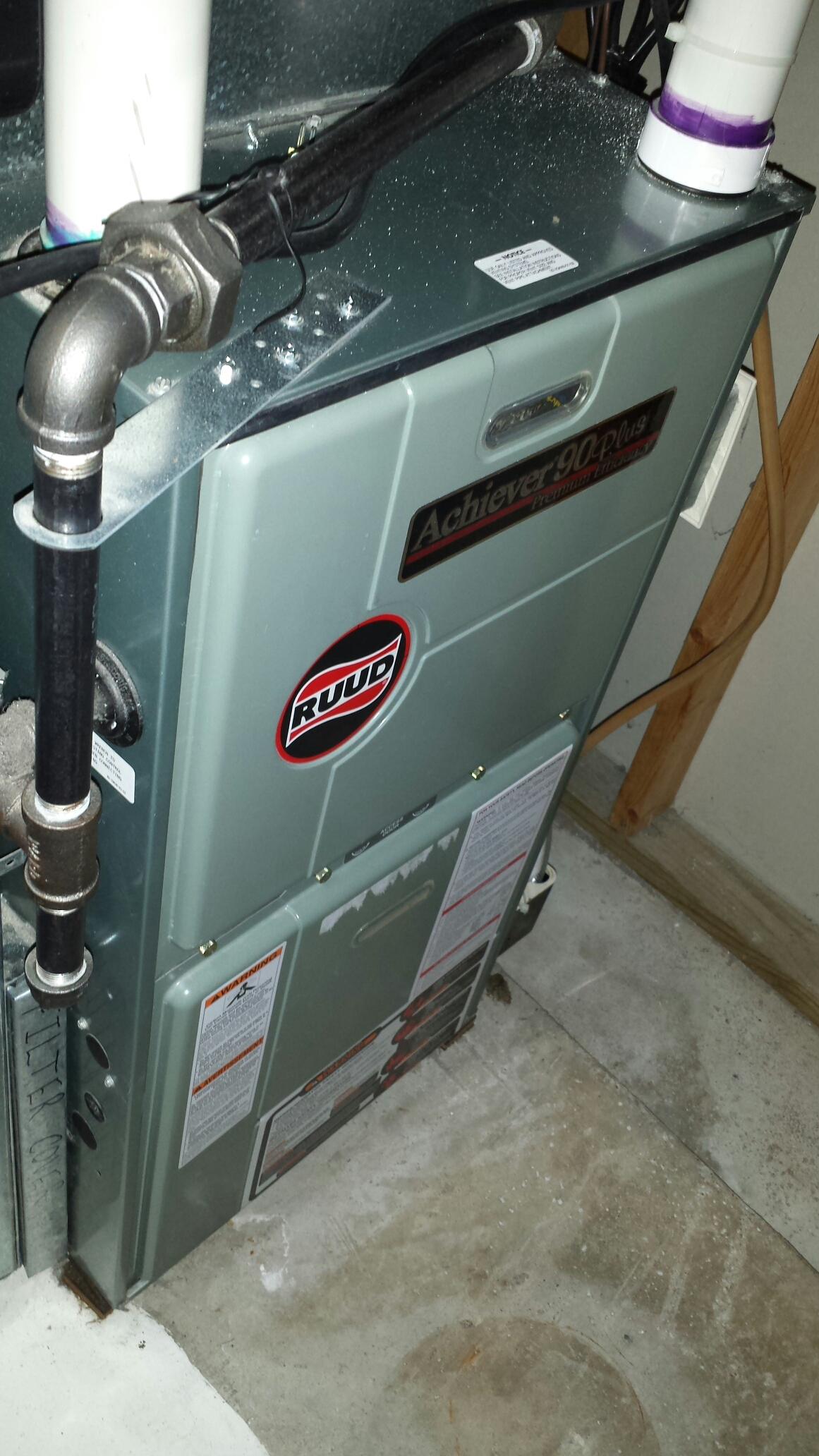 Edina, MN - Furnace maintenance. Performed a cleaning and tune up on a Ruud furnace. Also replaced a media pad on an Aprilaire humidifier.