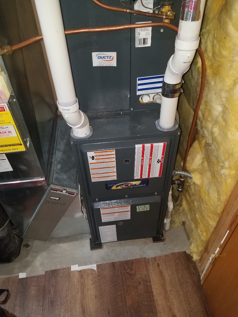 Rogers, MN - Furnace tune up and clean on amana unit in Rogers