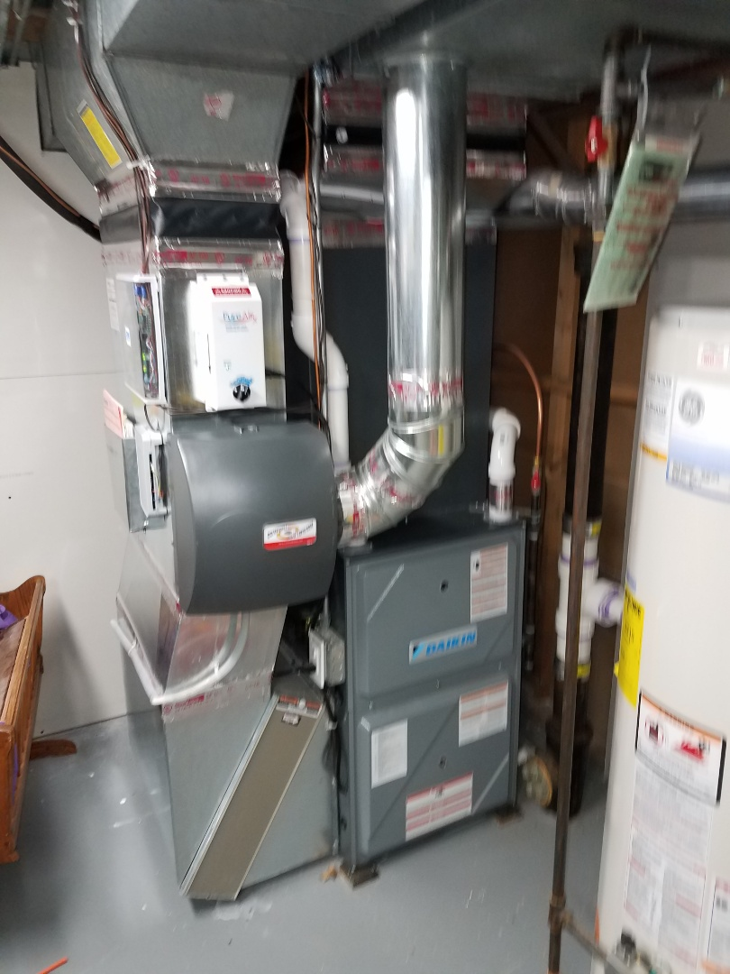 Mound, MN - Furnace and air conditioning tune up and cleaning on daikin system