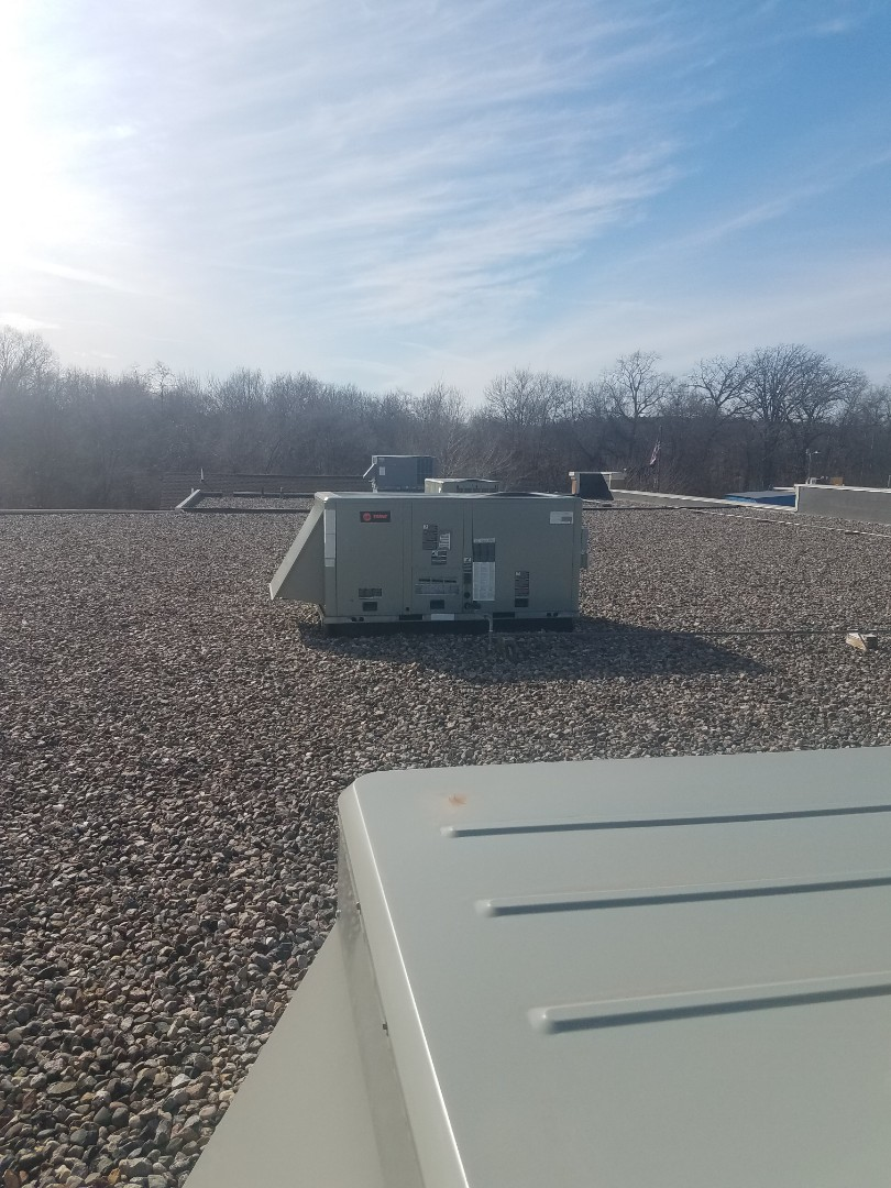 Hanover, MN - Commercial spring maintenance and cleaning on 4 roof top units in Hanover