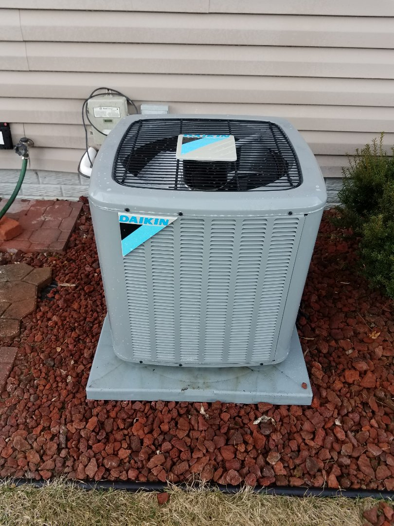 Hanover, MN - Air conditioning tune up and cleaning on daikin air conditioner
