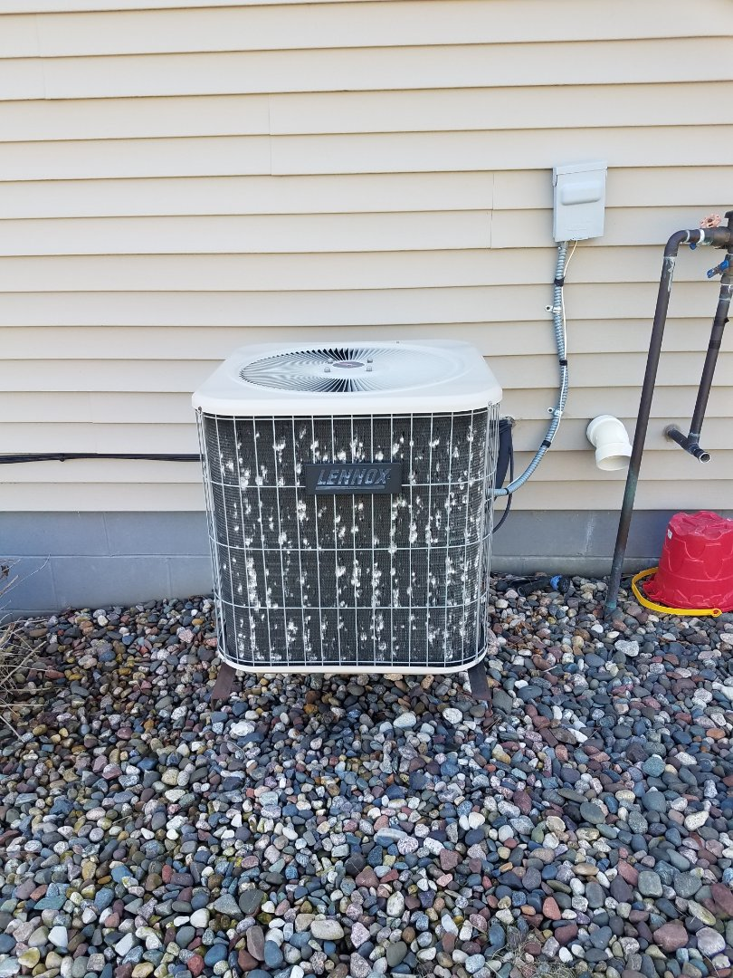 Saint Michael, MN - Ac maintenance. Performed tune up and cleaning on a Lennox Air Conditioner.