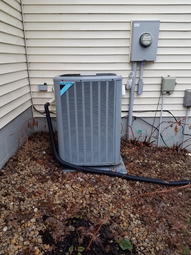 Rockford, MN - Cooling maintenance. Performed cleaning and tune up on a Daikin AC