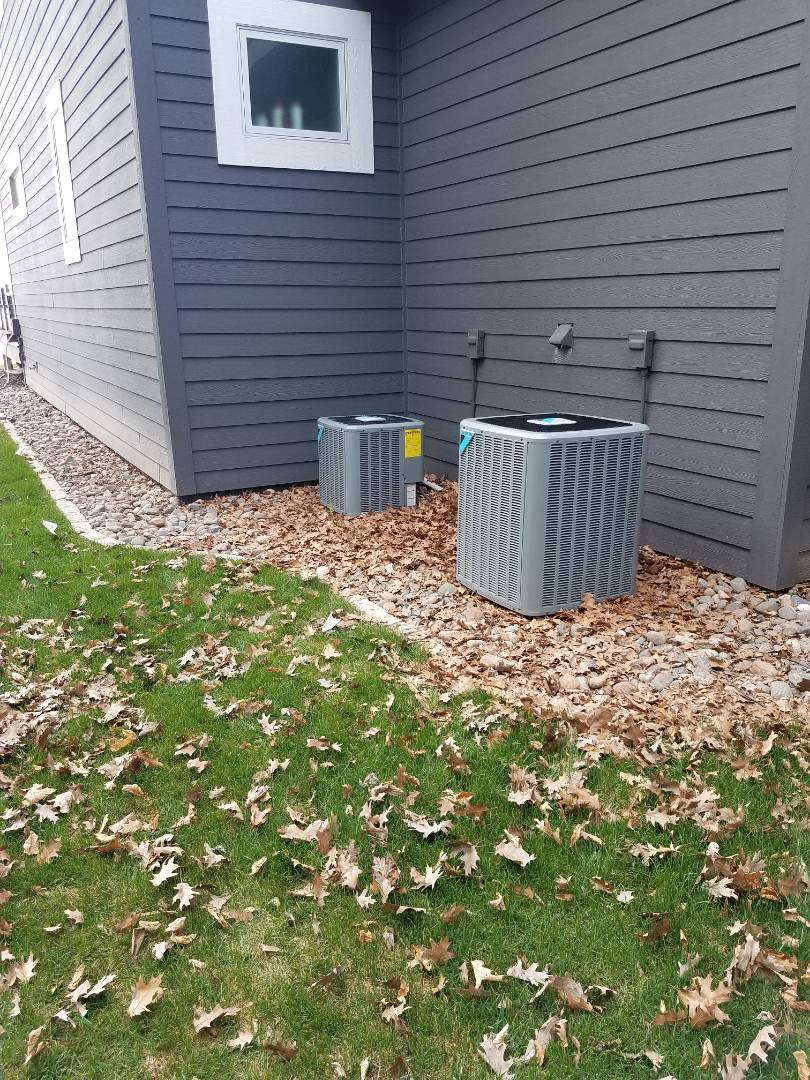 Minnetrista, MN - Tune up and cleaning ac maintenance on 2 daikin units and 1 Bryant unit in Buffalo