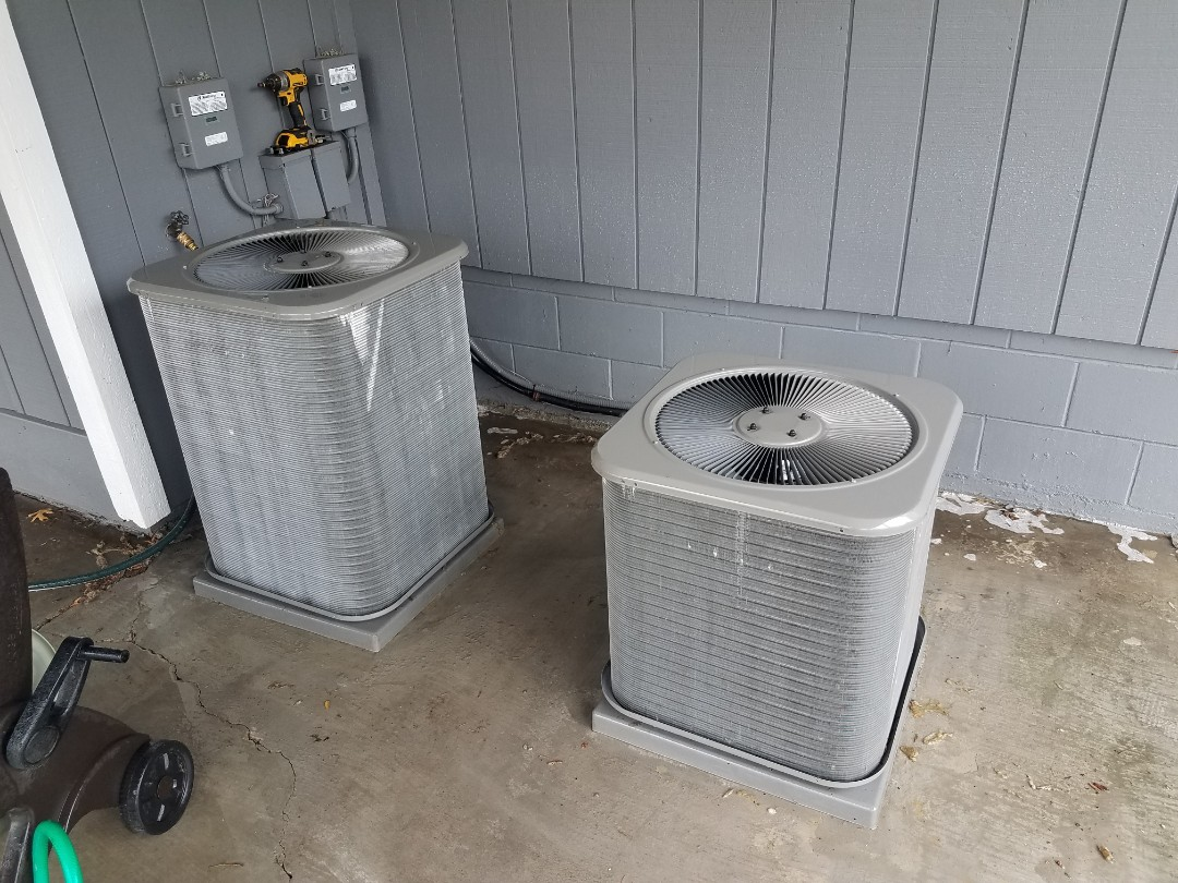 Fridley, MN - AC and furnace tune up and cleanings on 2 carrier furnaces and 2 Lennox AC's in Fridley
