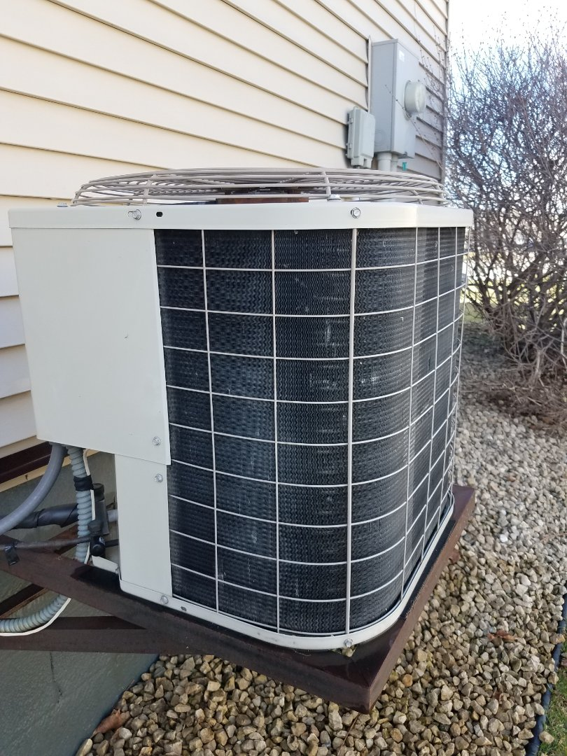 Hanover, MN - AC tune up and clean on Bryant unit in Hanover