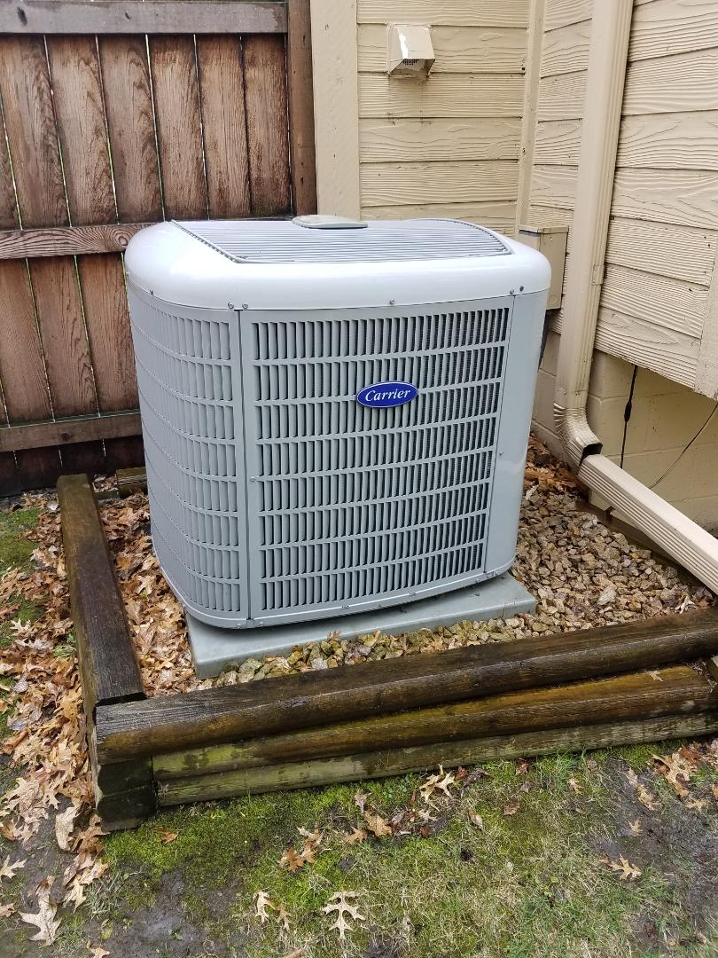Plymouth, MN - Air conditioning tune up and cleaning on carrier air conditioner