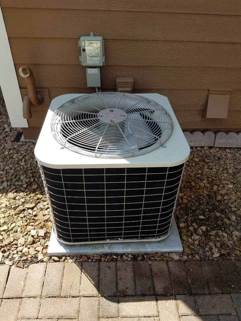 Plymouth, MN - AC maintenance. Performed cleaning and tune up on a Bryant air conditioner. Installed ECM motor power protection