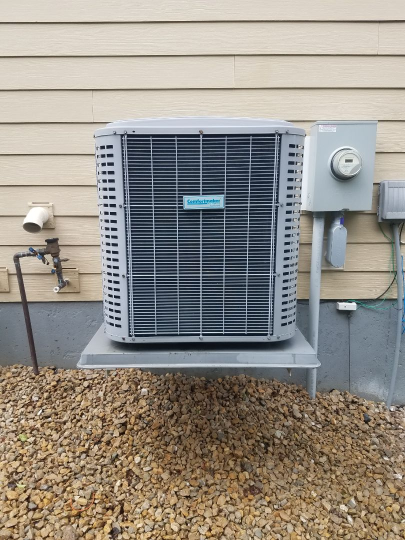 Plymouth, MN - AC maintenance. Performed cleaning and tune up on a Comfort Maker air conditioner.