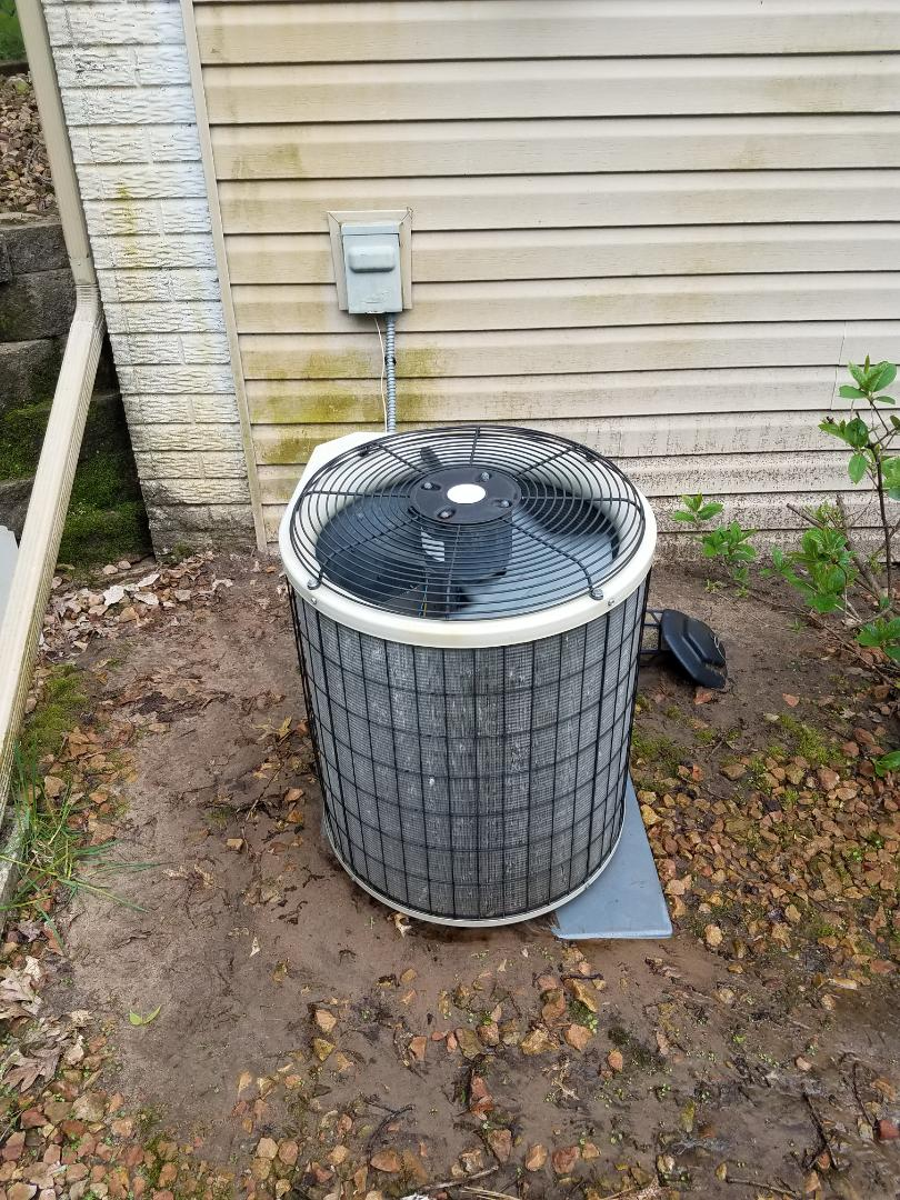 Elk River, MN - Cooling maintenance. Performed tune up and cleaning on a Payne AC. Performed tune up and cleaning on a Aprilaire whole home humidifier.