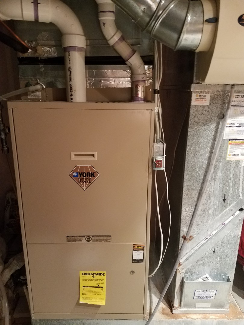 Osseo, MN - Furnace maintenance. Performed tune up and cleaning on a York furnace. Performed tune up and cleaning on a Aprilaire whole home humidifier. Performed tune up and cleaning on a Venmar air exchanger.