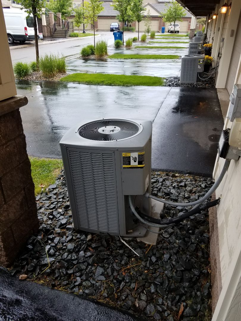 Maple Grove, MN - Armstrong Air ac not cooling.