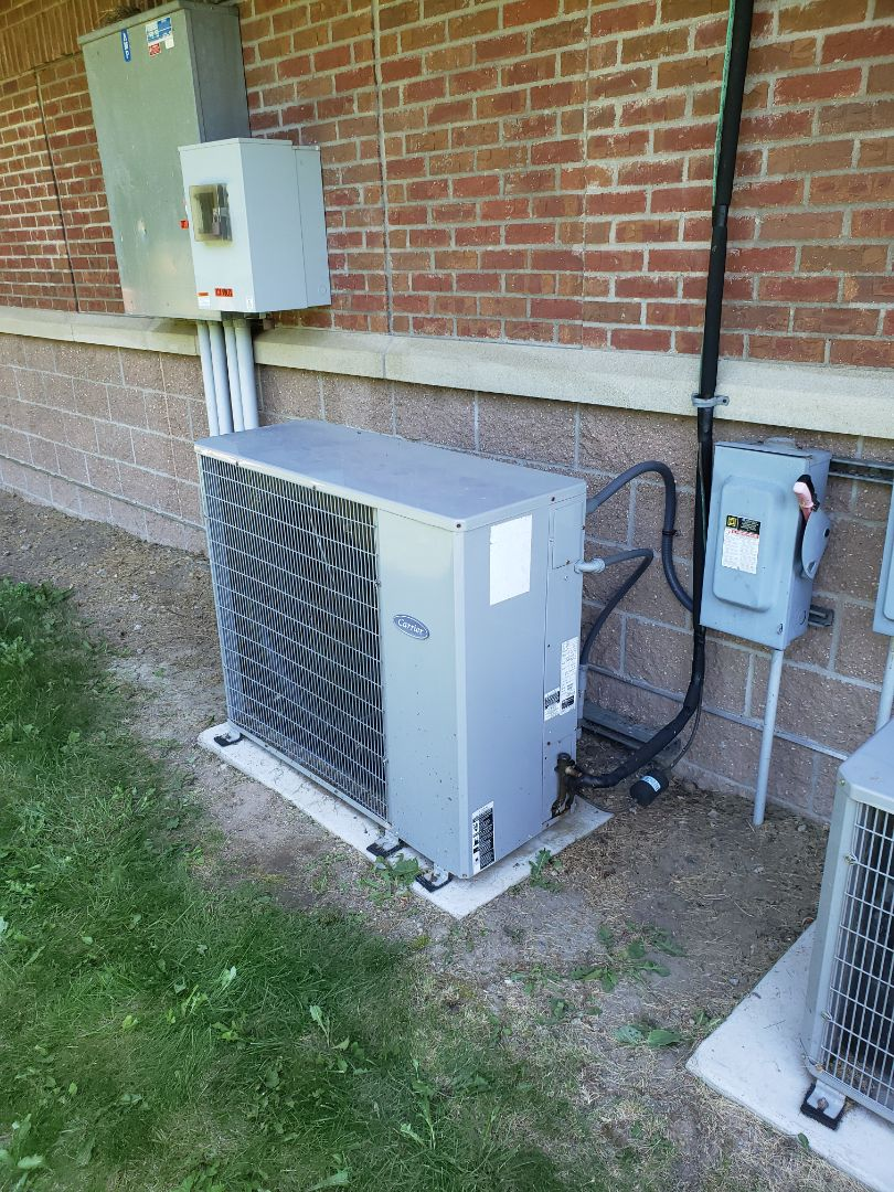 Dayton, MN - Air conditioner service. Charged Carrier mini split AC with refrigerant.