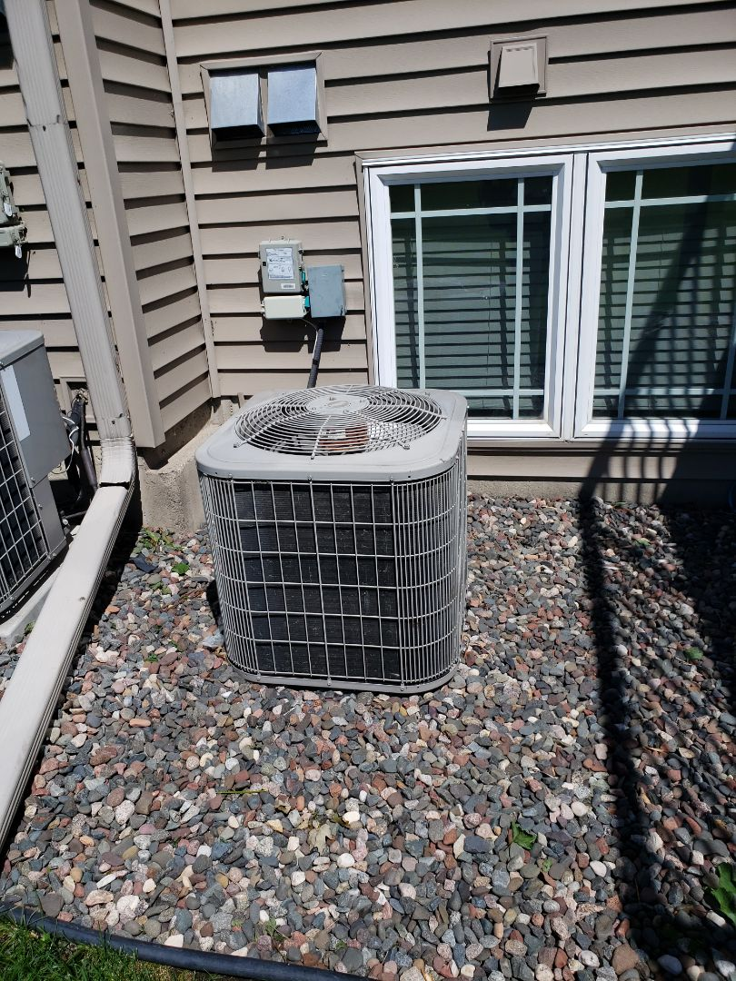 Albertville, MN - Air conditioning install. Installed an evaporator coil ok a Bryant AC.