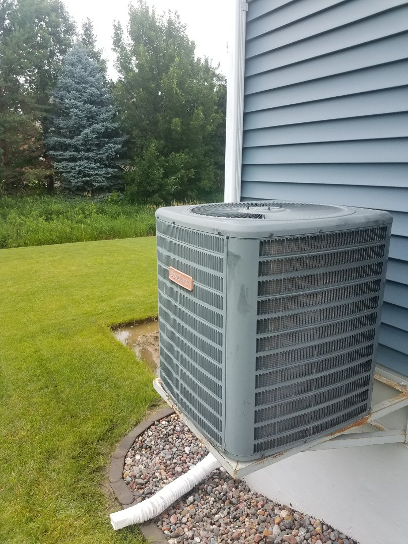 Brooklyn Park, MN - Found Goodman AC low on charge. Added leak sealant and balance refrigerant in Maple Grove