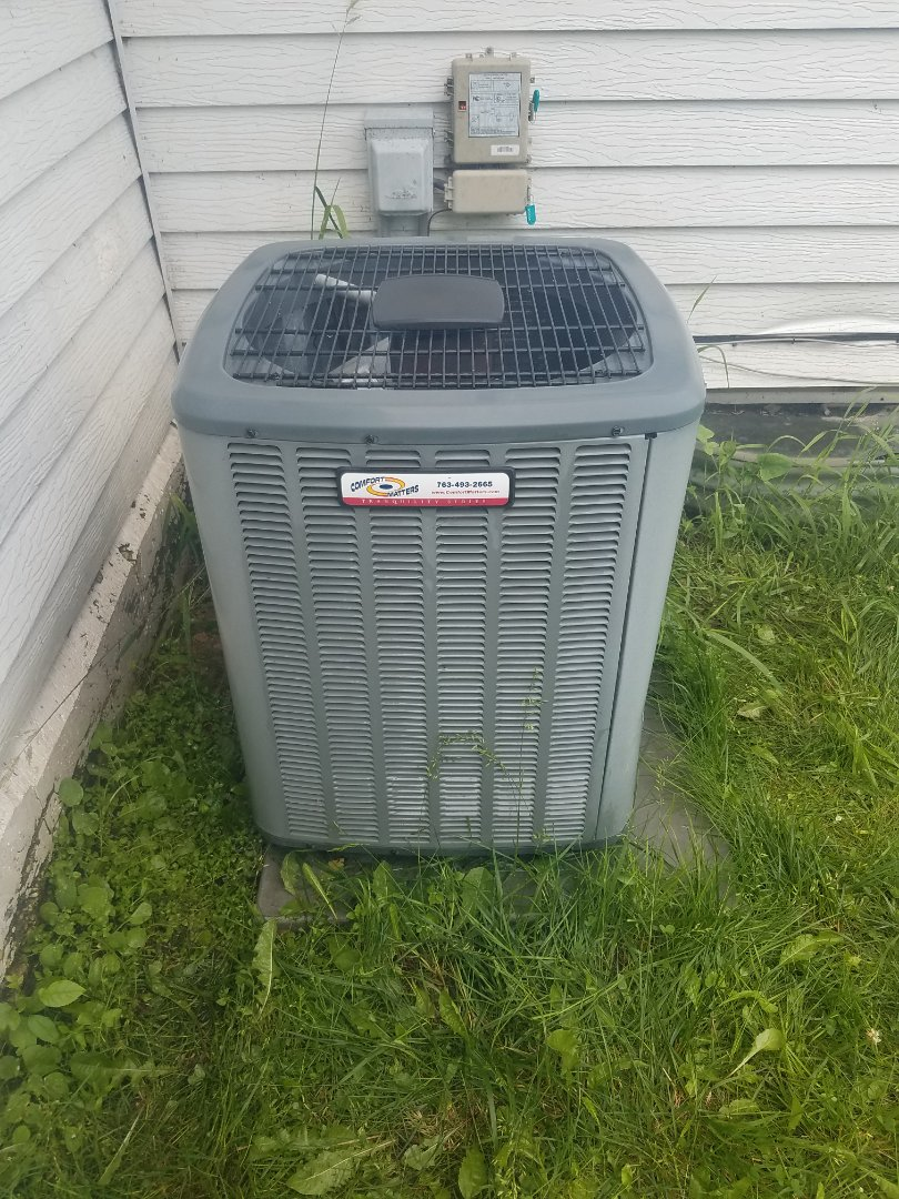 Maple Lake, MN - AC maintenance. Performed tune up and cleaning on a Comfort Matters air conditioner. Installed locking refrigerant caps, UV leak protection, universal motor booster and rejuvenating oil.