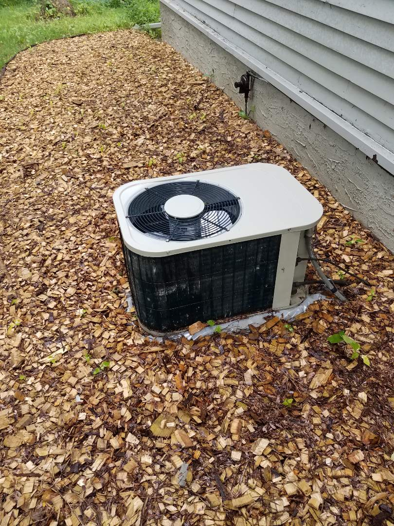 Hanover, MN - AC maintenance. Performed cleaning and tune up on a Bryant air conditioner.
