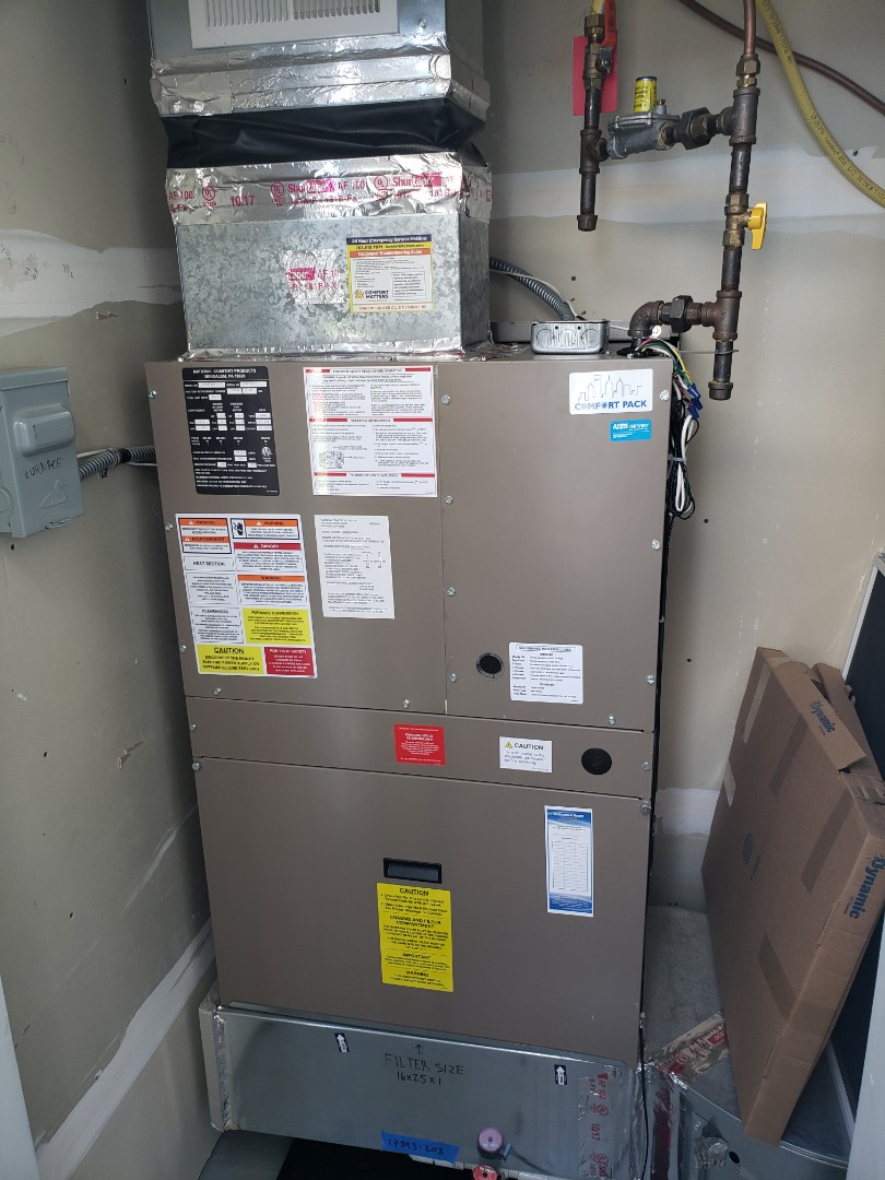 Osseo, MN - AC service. Diagnosed a failed blower motor mount on a Magic Pack.
