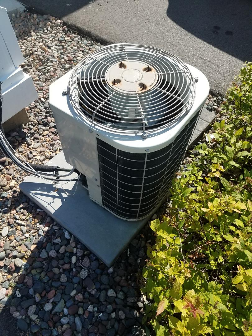 Maple Grove, MN - AC maintenance. Performed diagnostics on a Bryant AC.