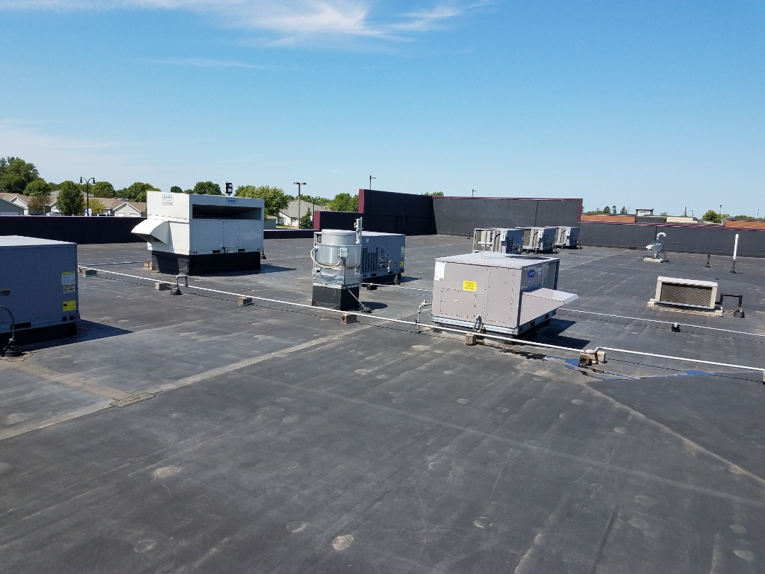 Albertville, MN - Replaced filters on roof top units in Albertville
