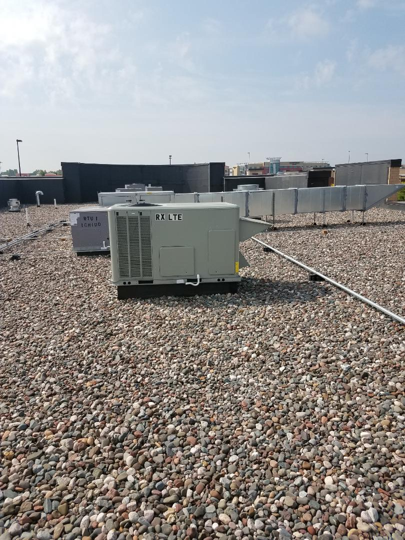Maple Grove, MN - Replaced filters on commercial rooftop unit in Maple Grove