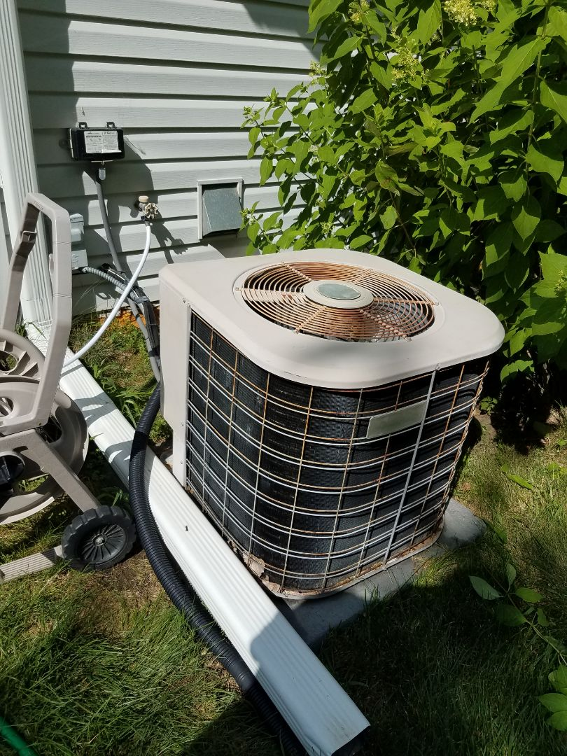 Saint Michael, MN - AC maintenance. Performed cleaning and tune up on a Amana air conditioner.