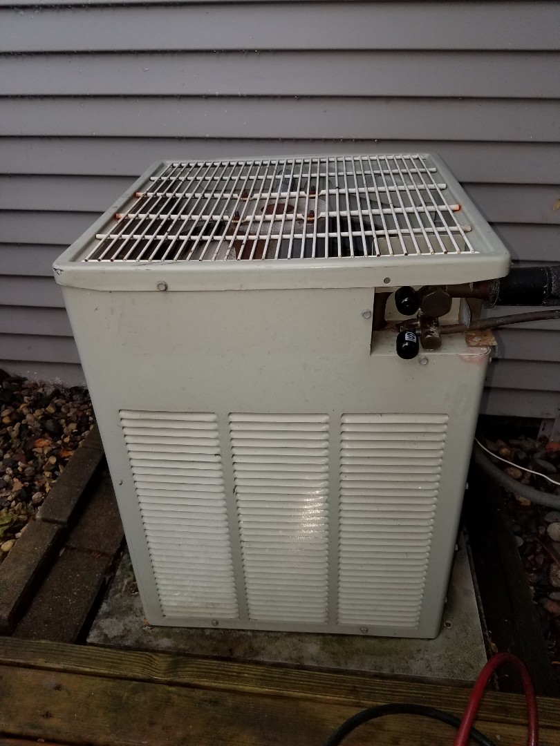 Plymouth, MN - Found Trane AC low in charge in Plymouth