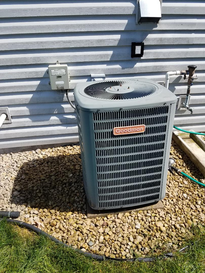 Otsego, MN - Found failed 30 amp fuse on Goodman condenser unit in Maple Grove