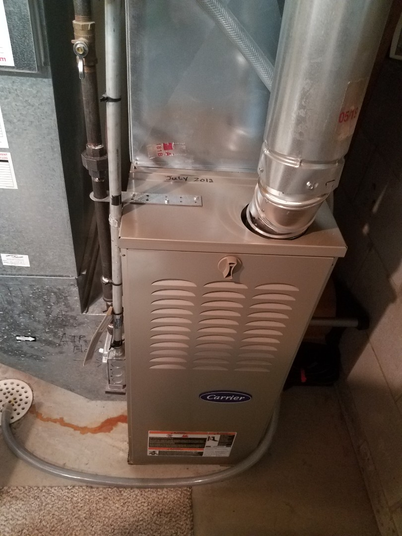 Eden Prairie, MN - Heating maintenance. performed tune up and cleaning on a Carrier furnace.