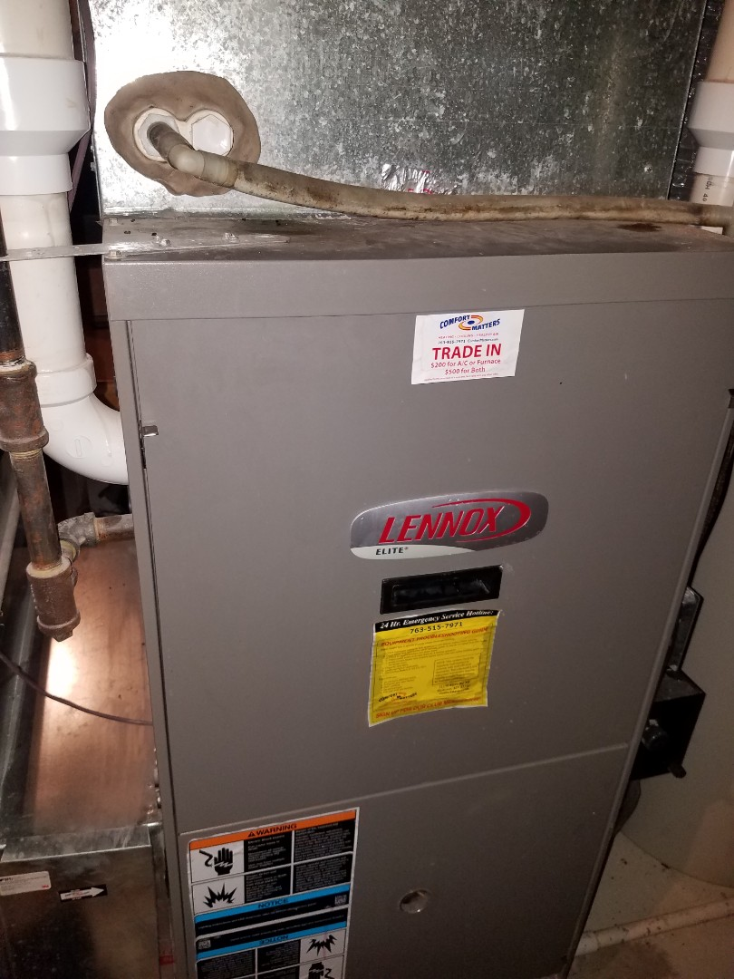Wayzata, MN - Furnace tune up and clean on Lennox unit in Long Lake