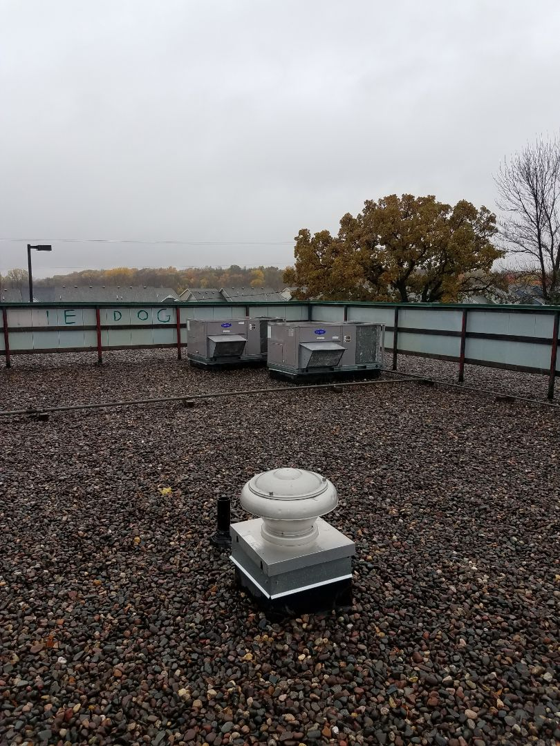 Dayton, MN - Commercial roof top maintenance on 3 carrier units in Dayton