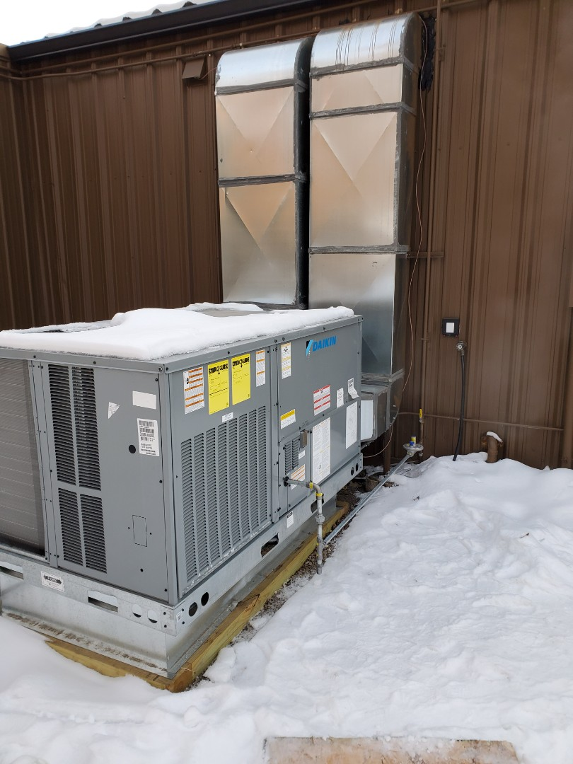 Hanover, MN - Heating repair on Commercial Daikin RTU