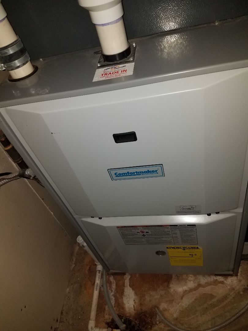 Plymouth, MN - Furnace maintenance. performed tune up and cleaning on a Comfort Maker furnace.