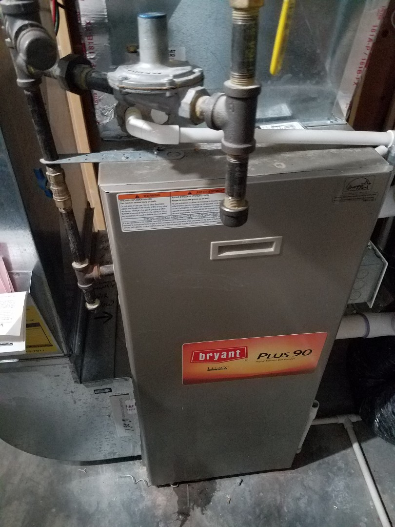 Albertville, MN - Heating maintenance. Performed cleaning and tune up on a Bryant furnace.