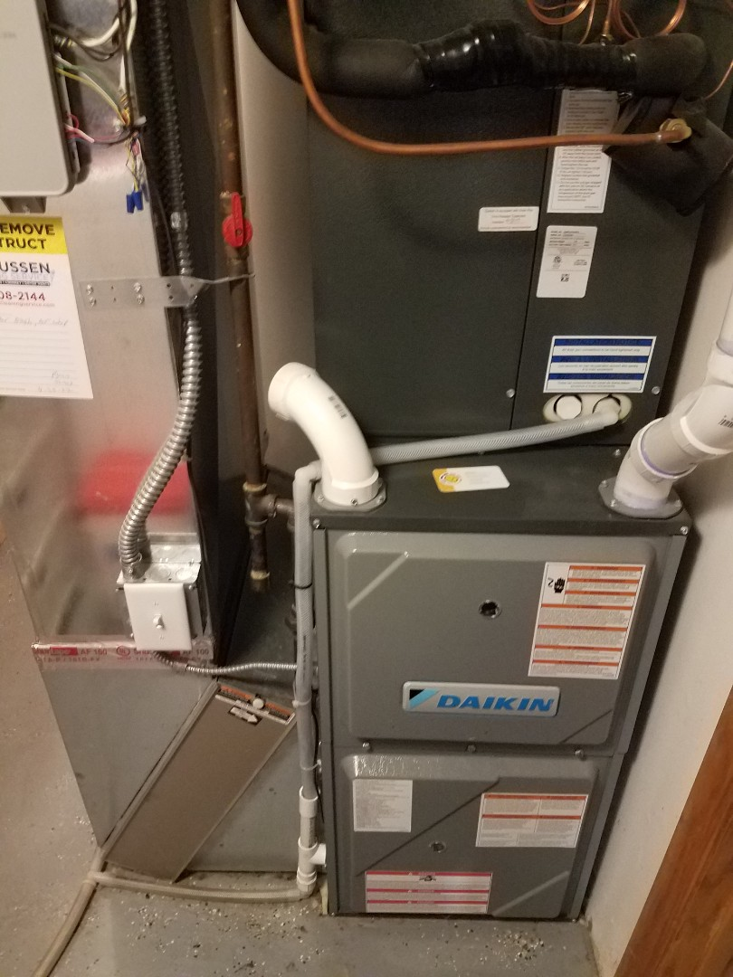 Osseo, MN - Heating maintenance. Performed cleaning and tune up on a Daikin furnace. Diagnosed a plugged up furnace filter.